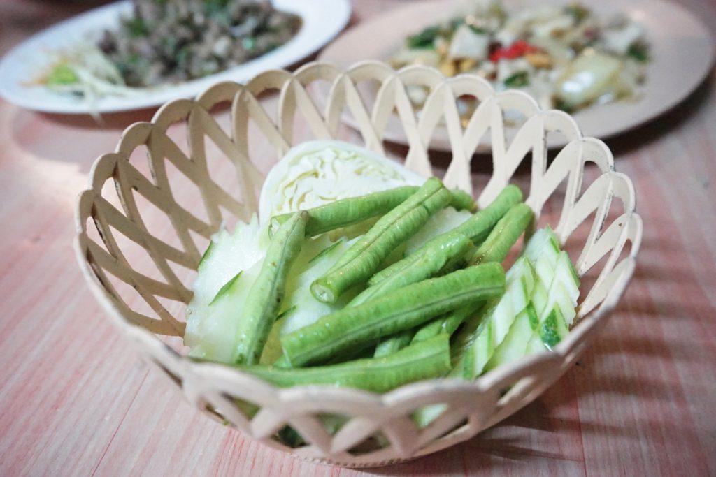 カオラック旅行記:バンニャン市場のレストラン「KHRUA KHAO LAK」野菜
