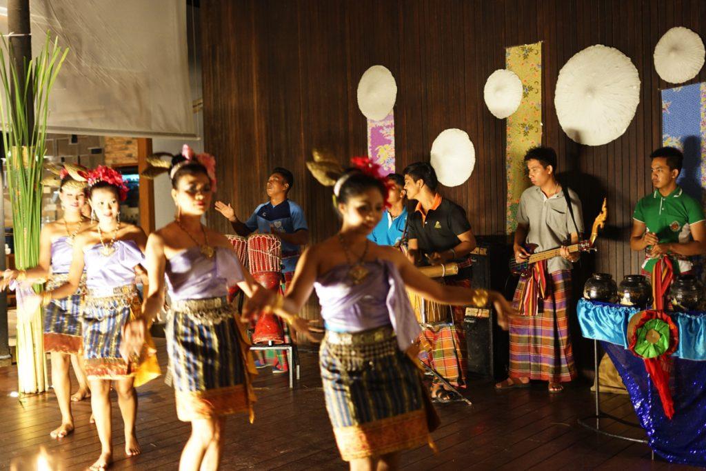 サロジン:タイ舞踊