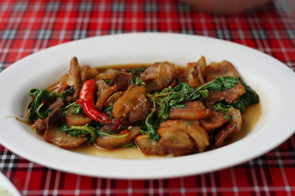 カオラック旅行記:豚肉のバジル炒め