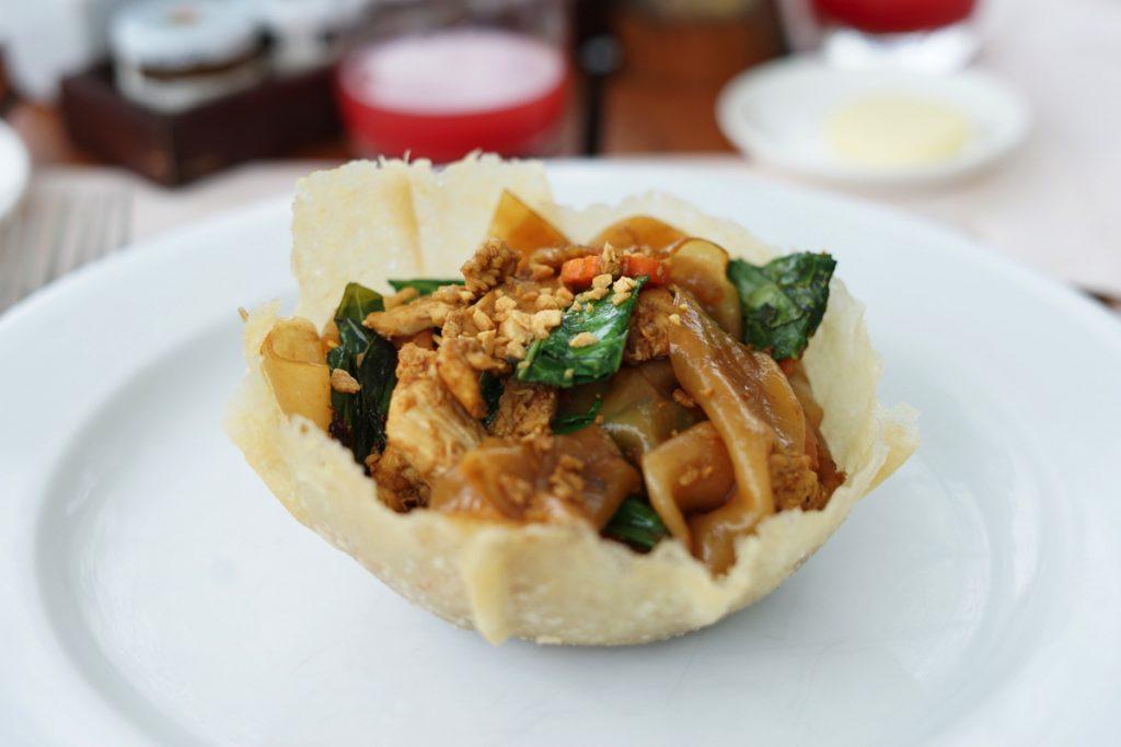 カオラック旅行記:平麺のパッタイ